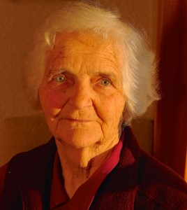 Isobel Thompson, 1921 – 2014