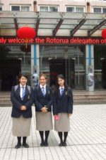 3-WHHS-YAP-students-in-Middle-School-attached-to-Nanchang-University-MSANU
